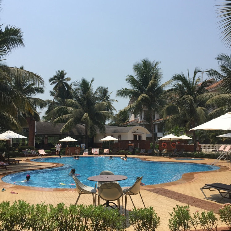 DOUBLETREE,HILTON,POOL,SUMMER,INDIA 2016