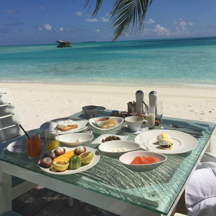 BREAKFAST,BEACH,VIEW,PARADISE,MALDIVES,CONRAD