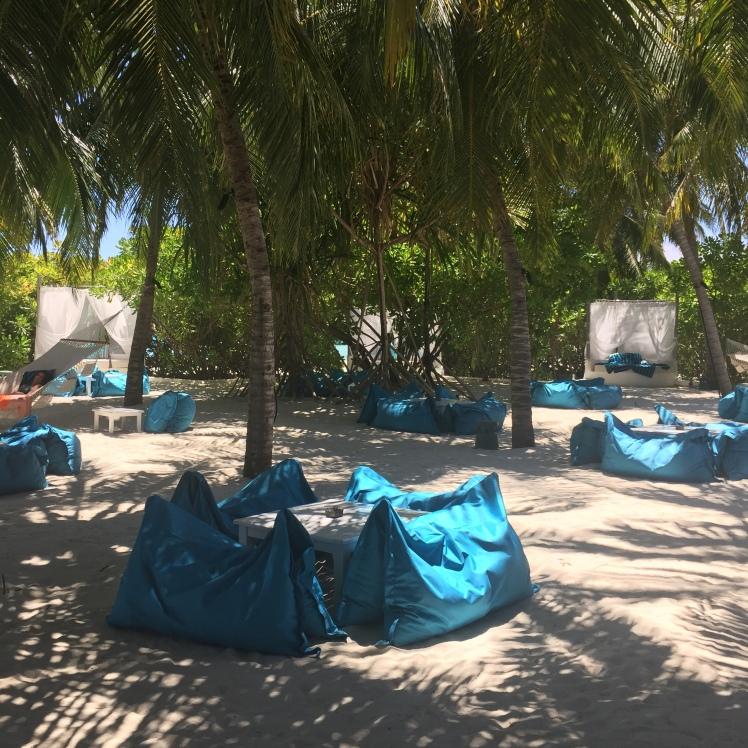 VELASSARU,MALDIVES,HOTEL,LUXURY,PARADISE,TRAVEL BLOG